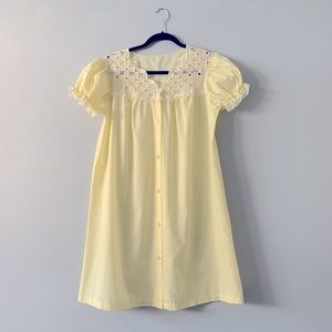 Vintage Val Mode Embroidered Lace Nightgown M